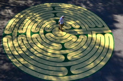 Mindfulness Workshop Series: Labyrinths as a Meditative Tool @ Berrien Unitarian Universalist Fellowship